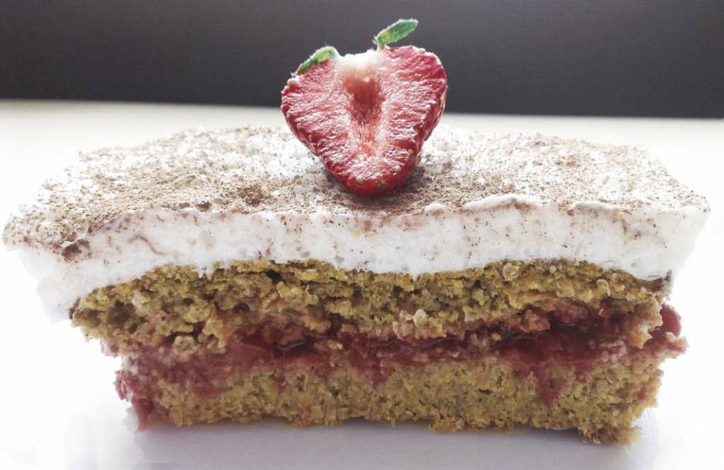 Ciasto marchewkowo-truskawkowe_2.0