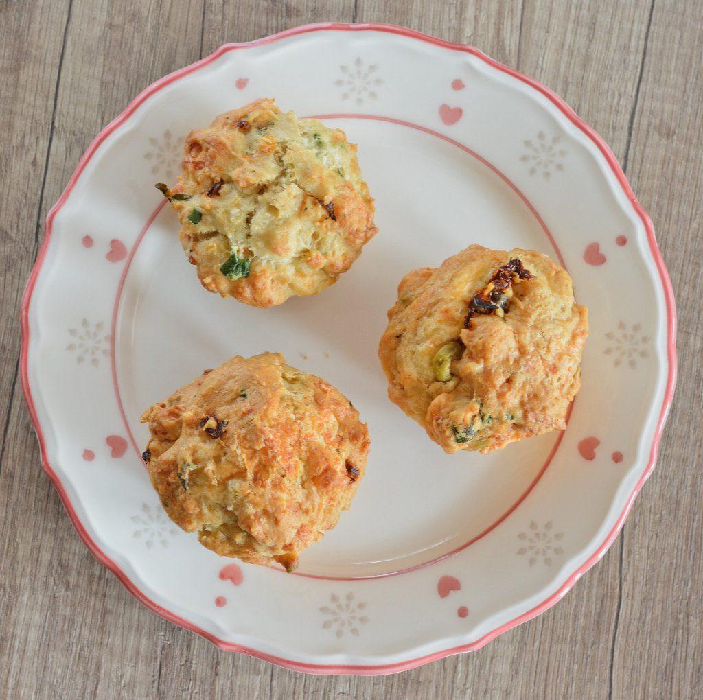 Wytrawne serowe muffiny.